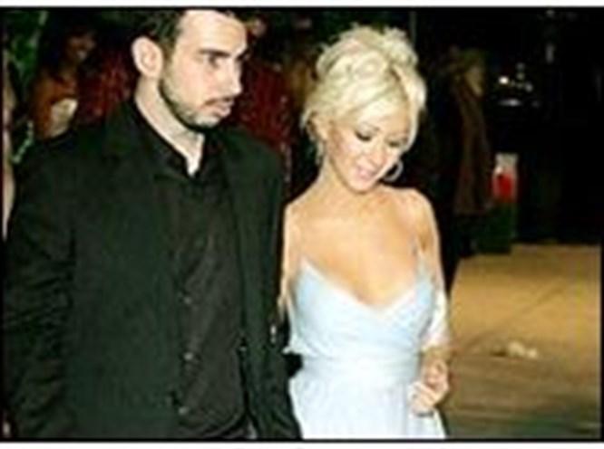 Christina Aguilera evlendi